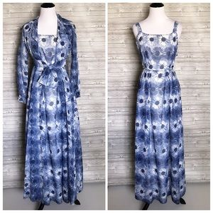 2 piece Vintage Blue floral dress with petticoat